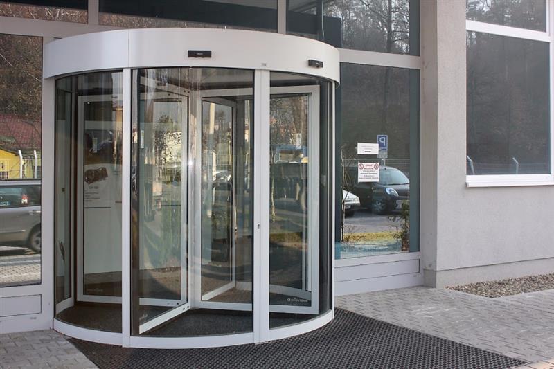karuselové dvere Tourniket