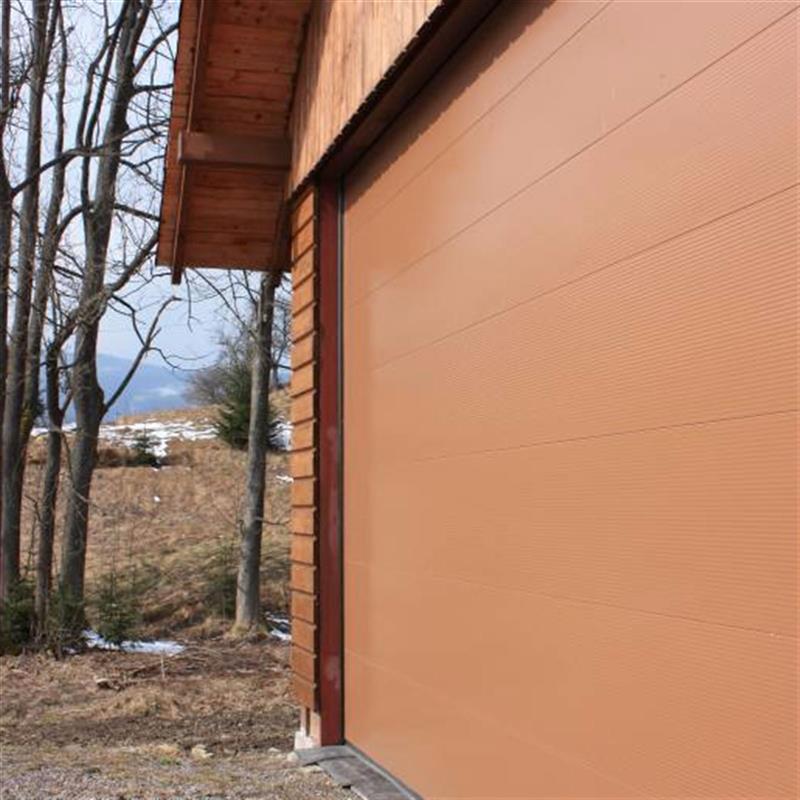 automatická garážová vrata na míru 2