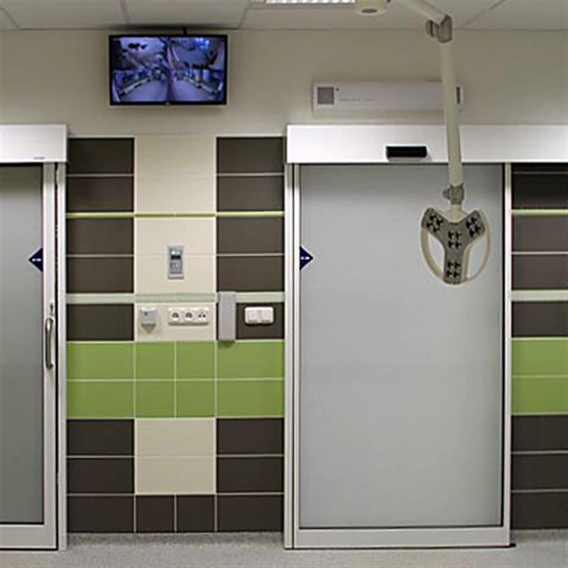 Jednokřídlé automatické dveře s loketním spínačem