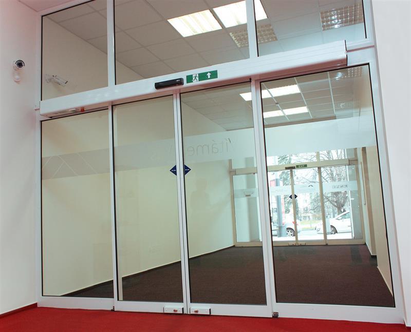 Automatické posuvné dvere popis konštrukcie