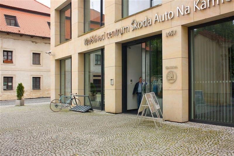 automatické posuvné dveře pro Škoda Auto 3