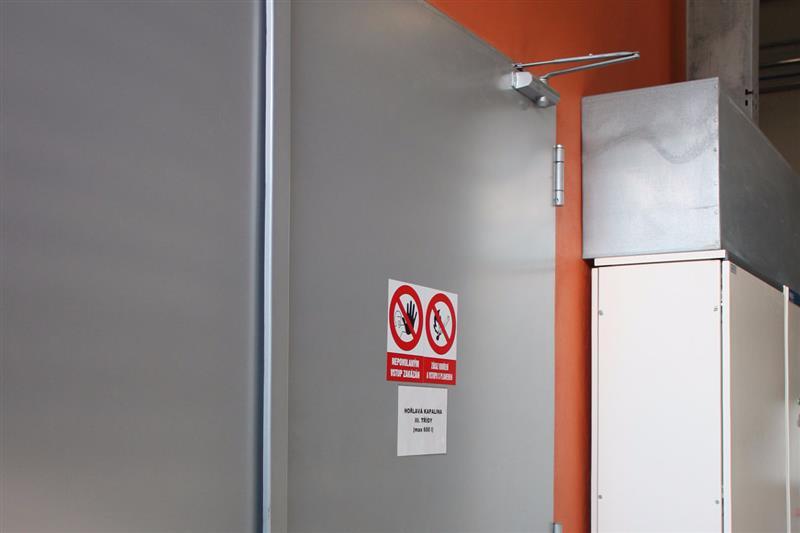 bezpečné protipožiarne dvere otváravé oceľové