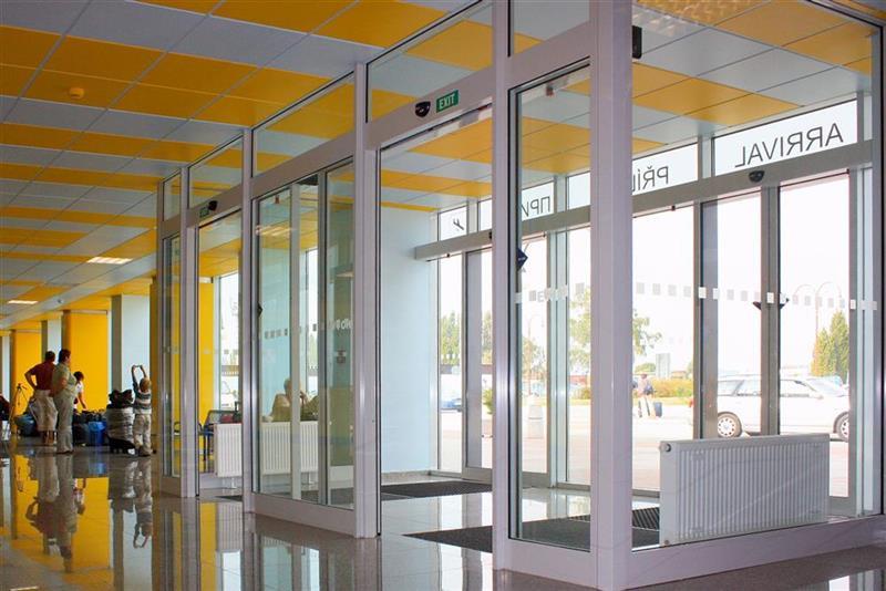 hliníková konštrukcia dverový portál