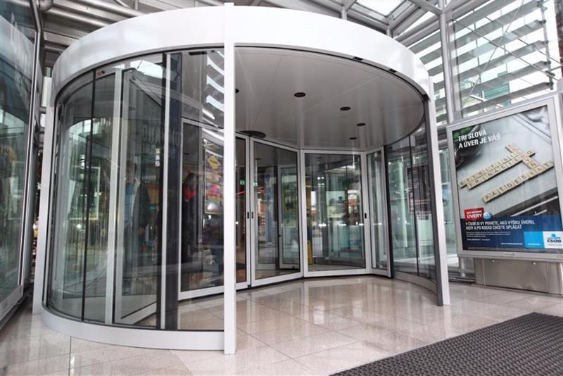 karuselové dvere Duotour