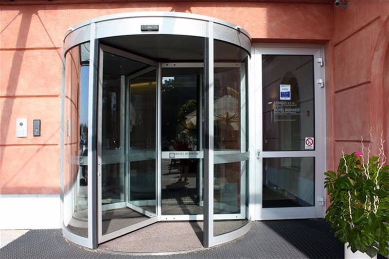 karuselové dvere Tourniket menšie
