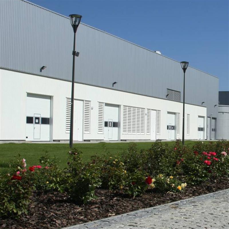 Průmyslová sekční vrata pro automobilku KIA