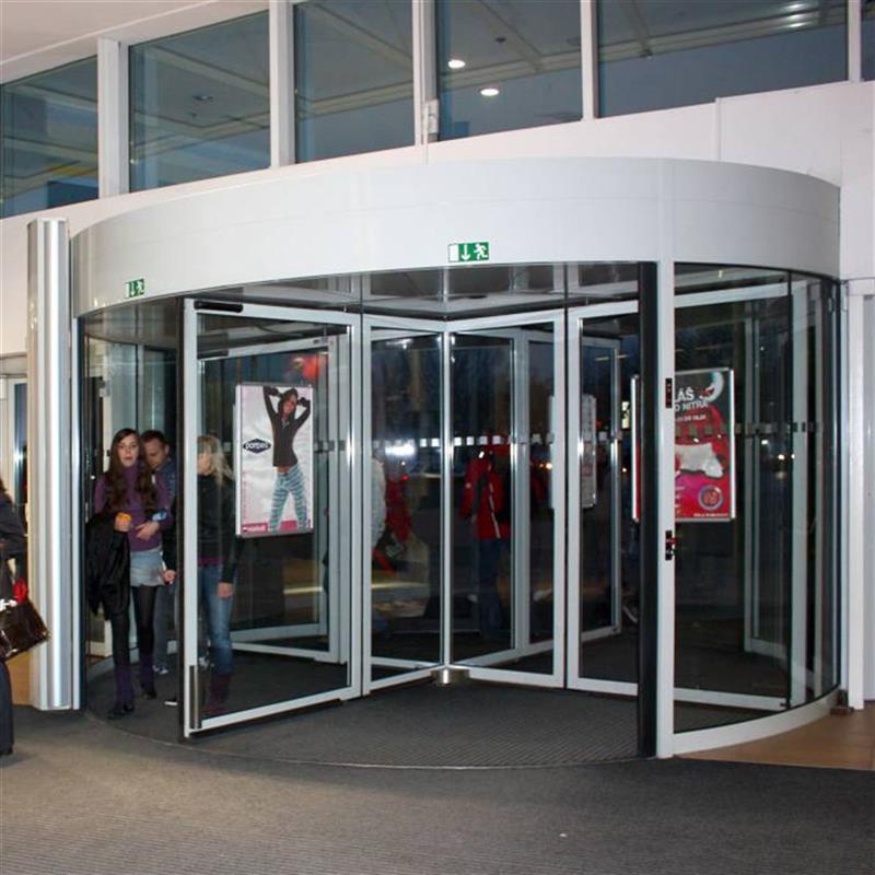 obchodní centrum v Nitře 2