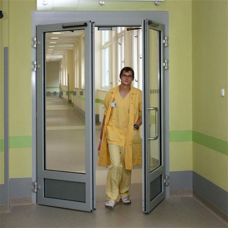 Otočné automatické dveře