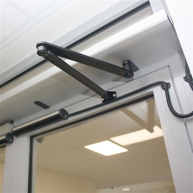 Dveře s automatickým otevíráním