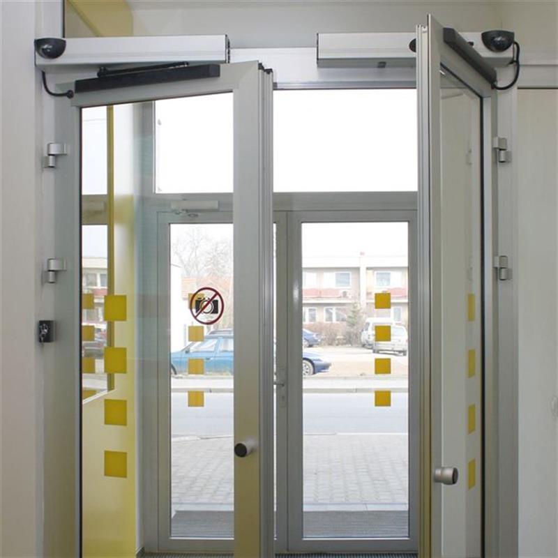 otočné automatické dvoukřídlé dveře reference 3
