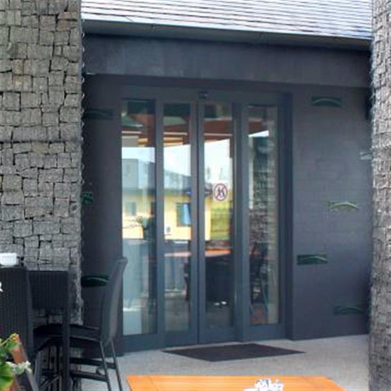 posuvné dveře Spedos s kombinovaným čidlem