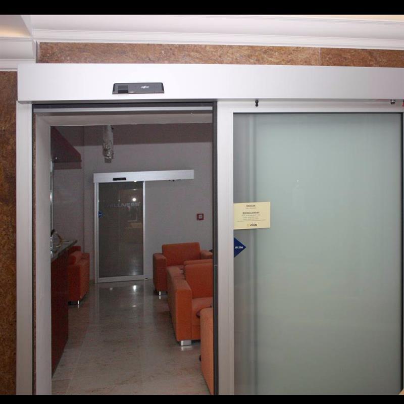 požární automatické posuvné dveře pro wellness