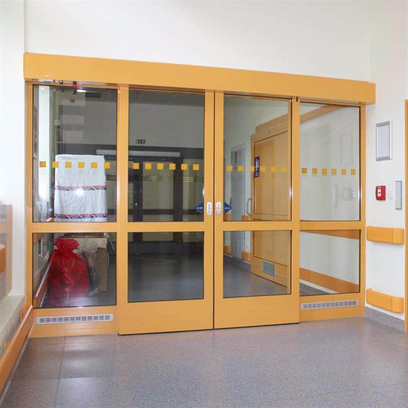 Automatické dveře v protipožárním provedení