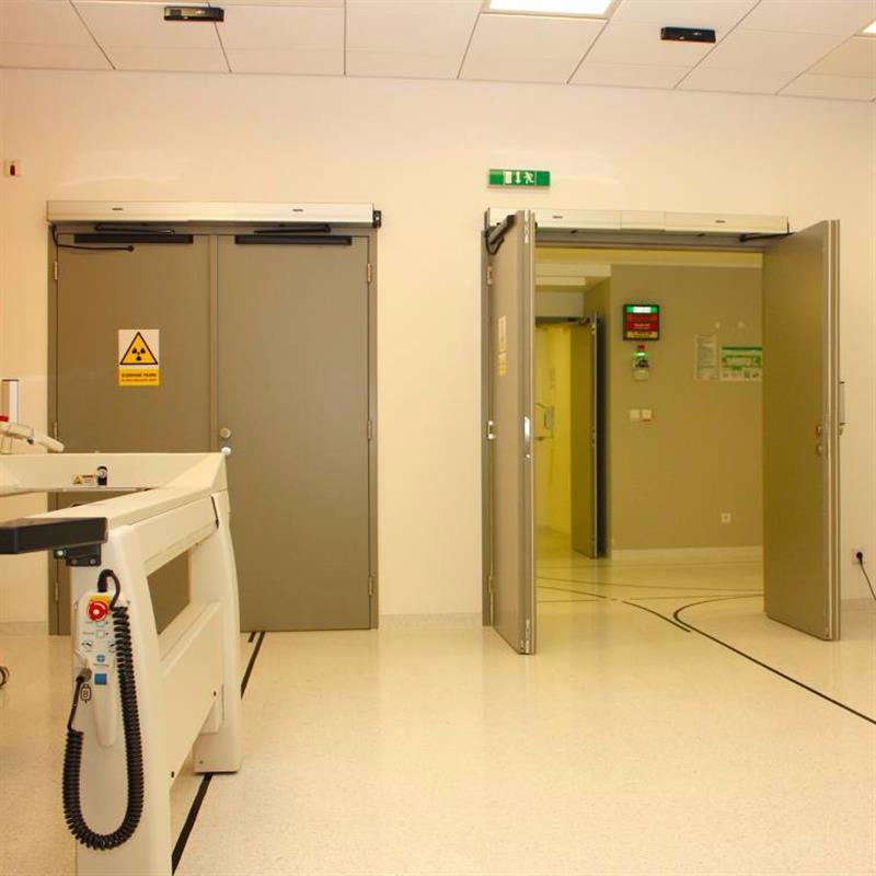 Automatické dveře s ochranou proti požárům