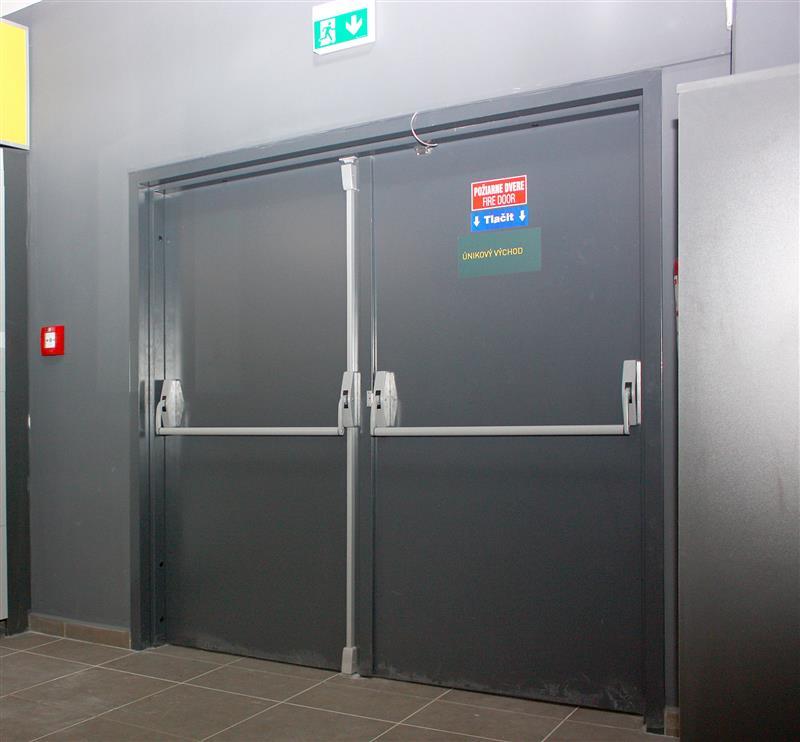 konštrukcia protipožiarnych dverí otváravých oceľových