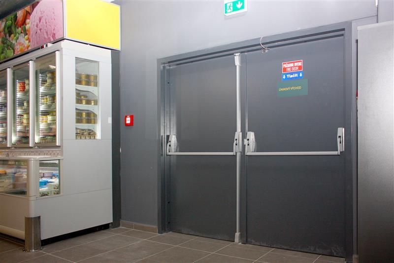 protipožiarne dvere otváravé oceľové