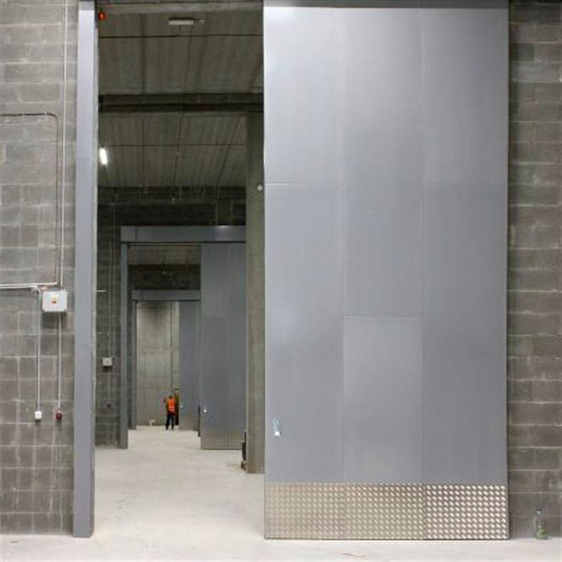 Protipožární posuvná vrata pro Tescoma Zlín