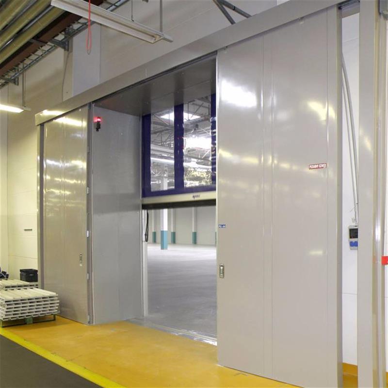 Protipožární posuvná vrata pro INA Kysuca SK