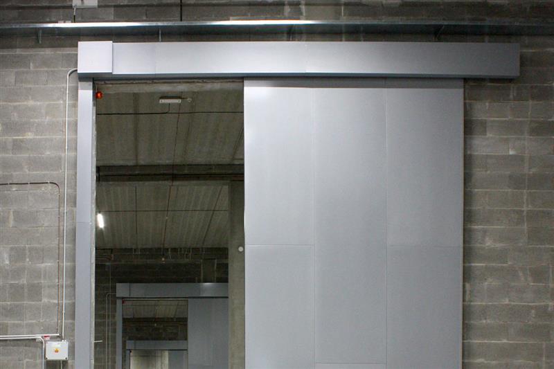 protipožiarná posuvná brána otvorená