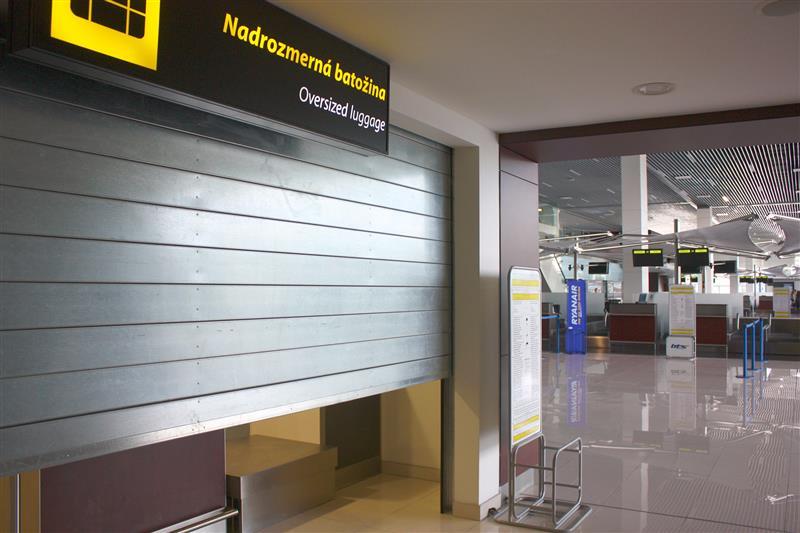 protipožiarne rolovacie brány na letisku