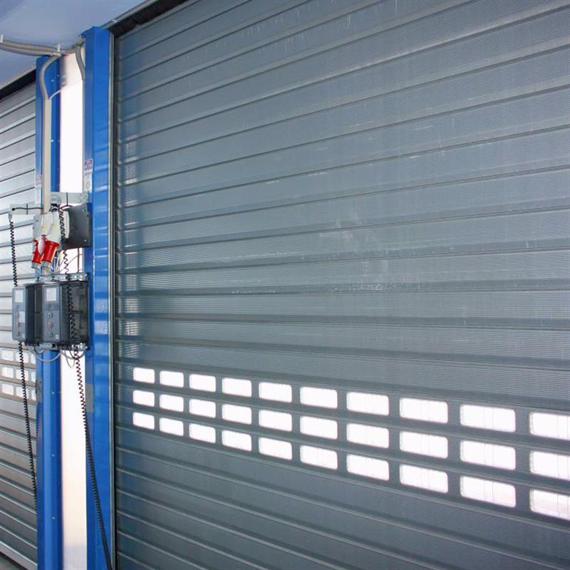 Rolovací garážová vrata s montáží