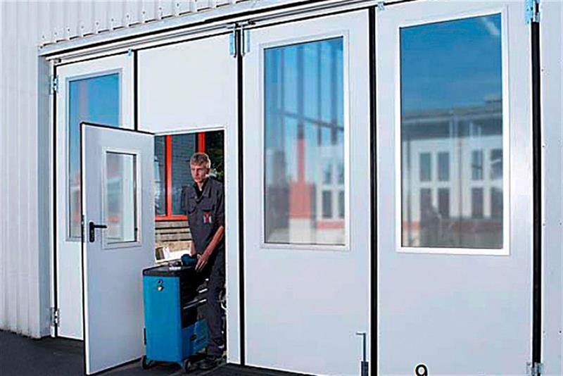 priemyselná skladacie brány s oknami