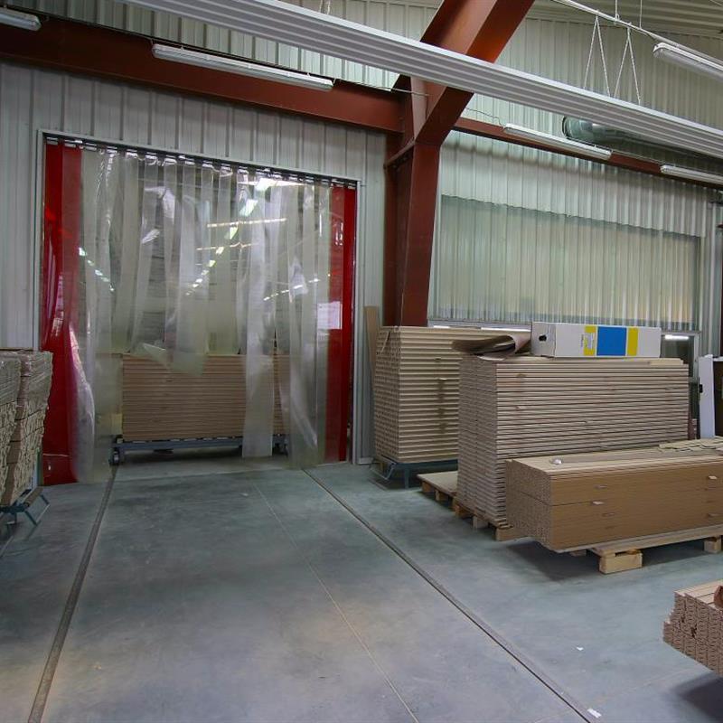 Průmyslové pruhové závěsy z PVC