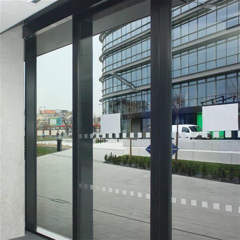 rámové automatické dveře pro ArtGen Praha