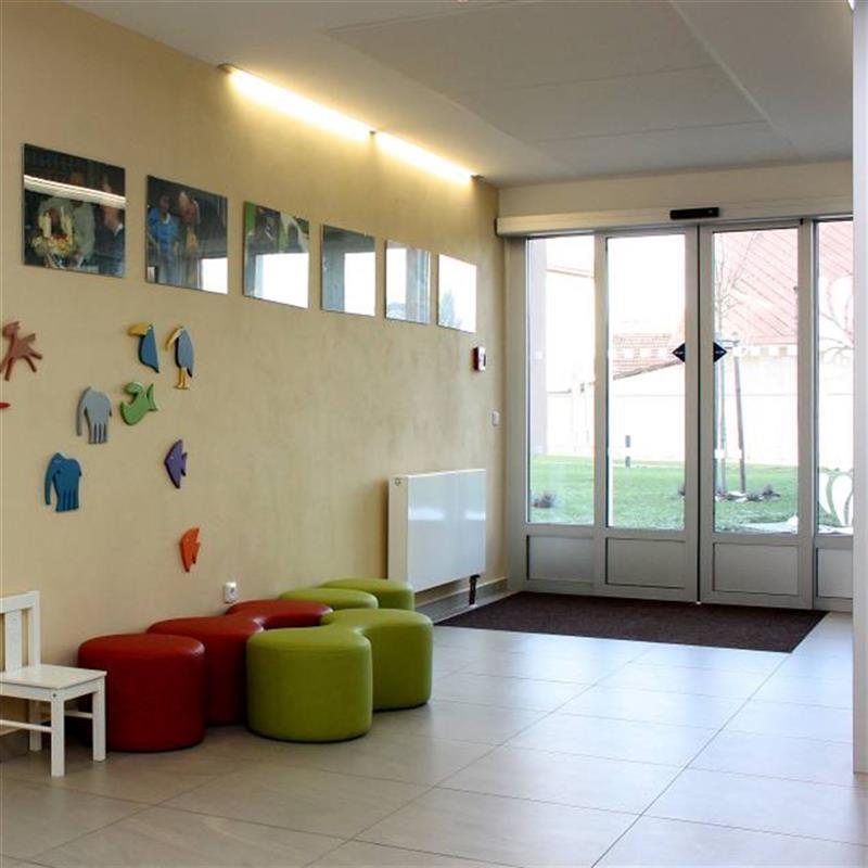 rámové stěny s automatickými dveřmi 2