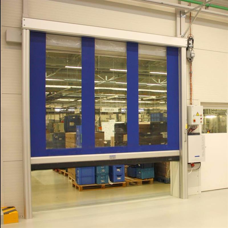 fóliová vrata reference pro průmyslový areál Robertshaw