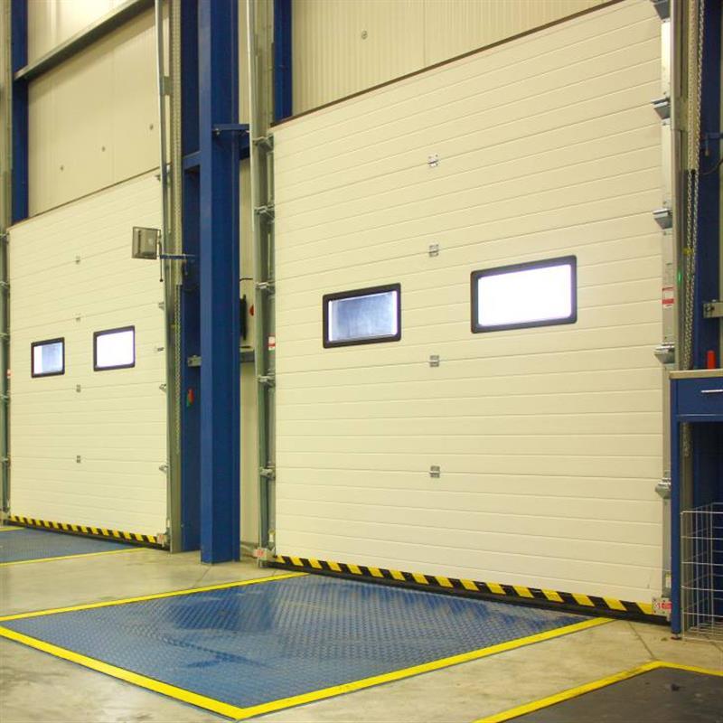 Sekční garážová vrata pro průmysl