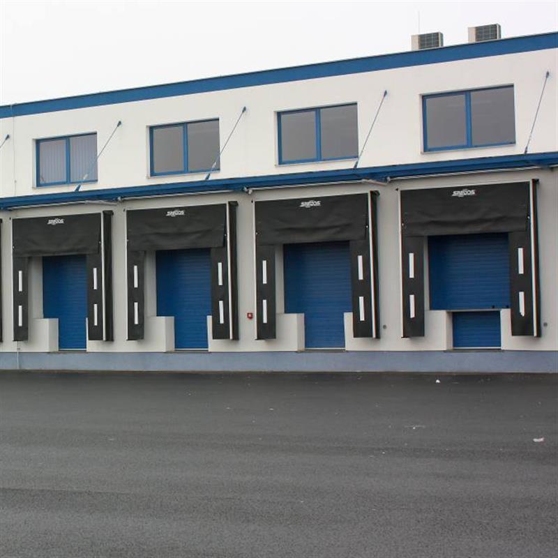 sekční vrata Spedos v distribučním centru