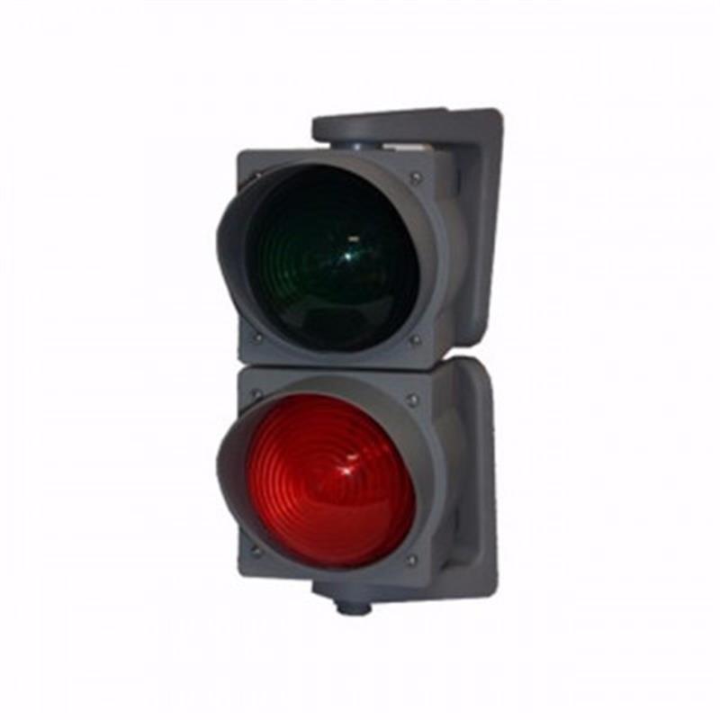 semafor k priemyselným bránam