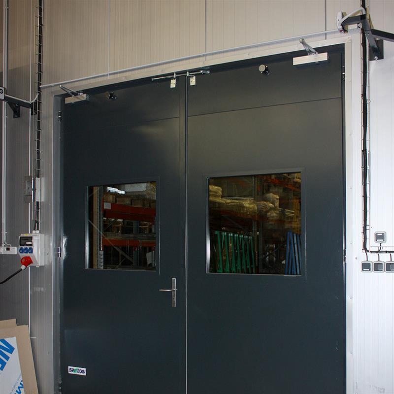 Bránové otvory vo výrobných halách